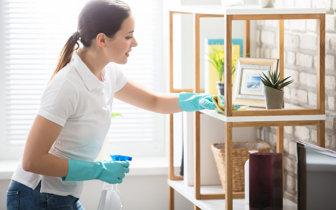 How to Clean Your House Fast: 7 Tips